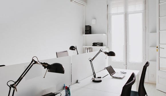 12 sala de coworking azul marino