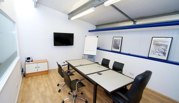Office lr 006