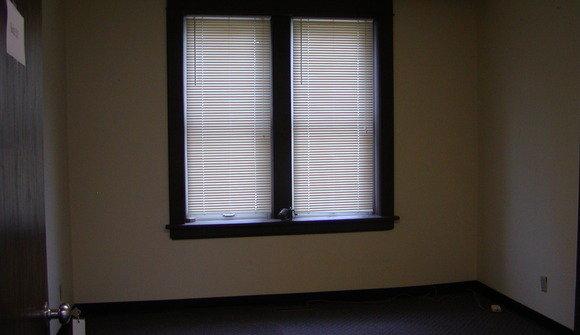 Suite 201 1st space