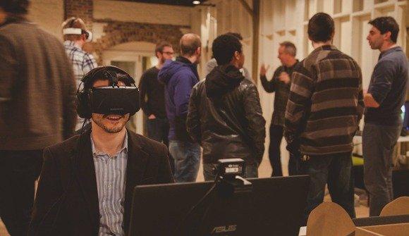 Virtual reality meetup in the main room