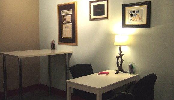 Standing and sitting desks empty