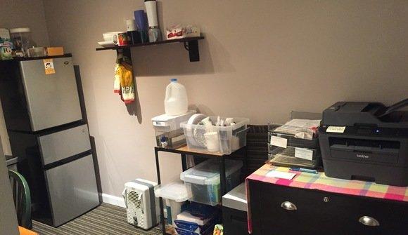 Office pics kitchen2